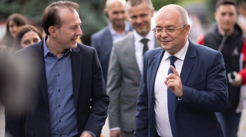 """Primarul Emil Boc: Problema USR-ului este că partidul nu are """"experiența exercițiului de guvernare""""!"""